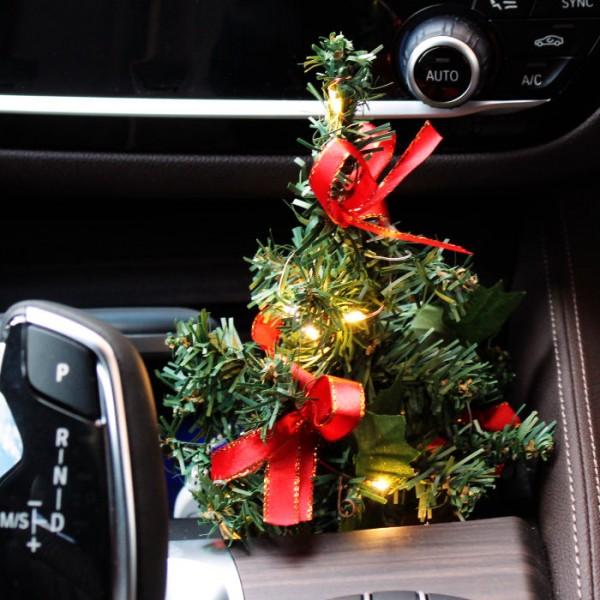 Auto Weihnachtsbaum Christbaum Leuchtbaum mit LED Lichterkette KFZ LKW PC Laptop
